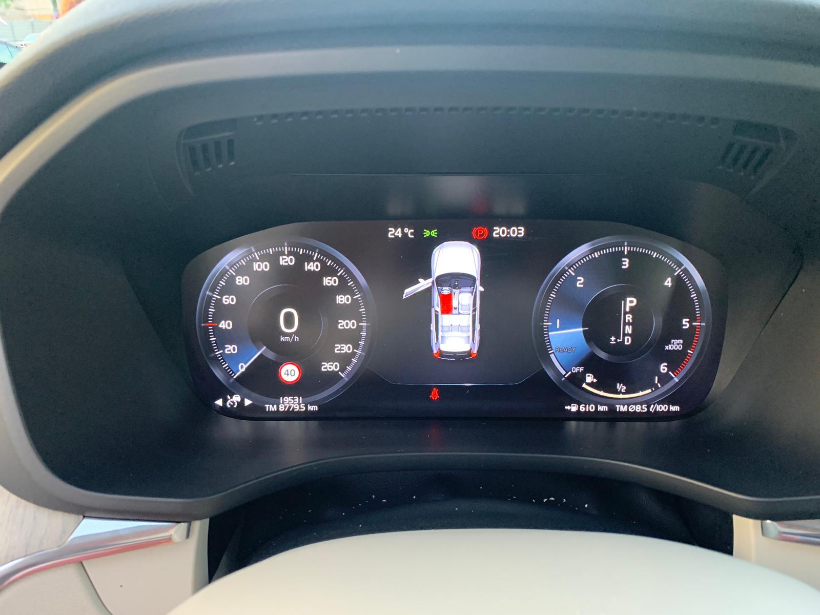 XC60 2.0 INSCRIPTION D4 AWD 2018 SEP19 (18)