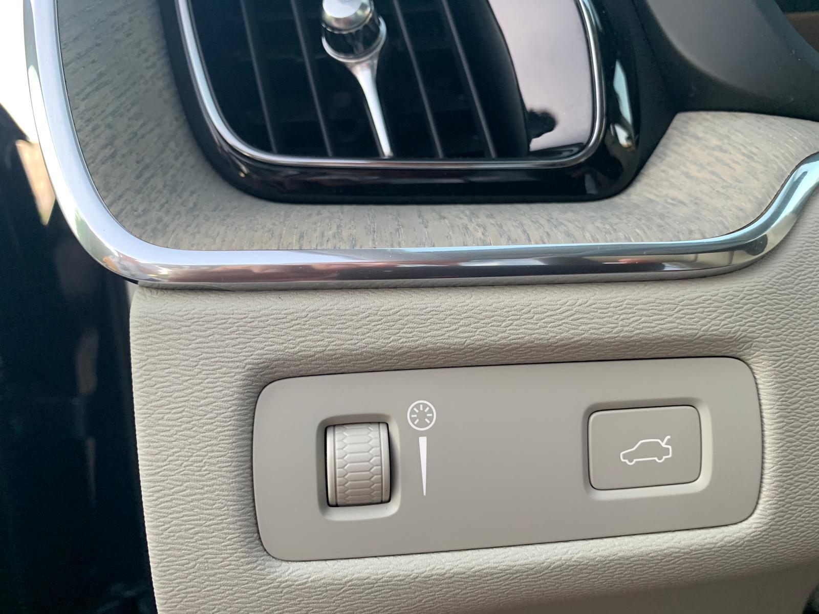 XC60 2.0 INSCRIPTION D4 AWD 2018 SEP19 (23)