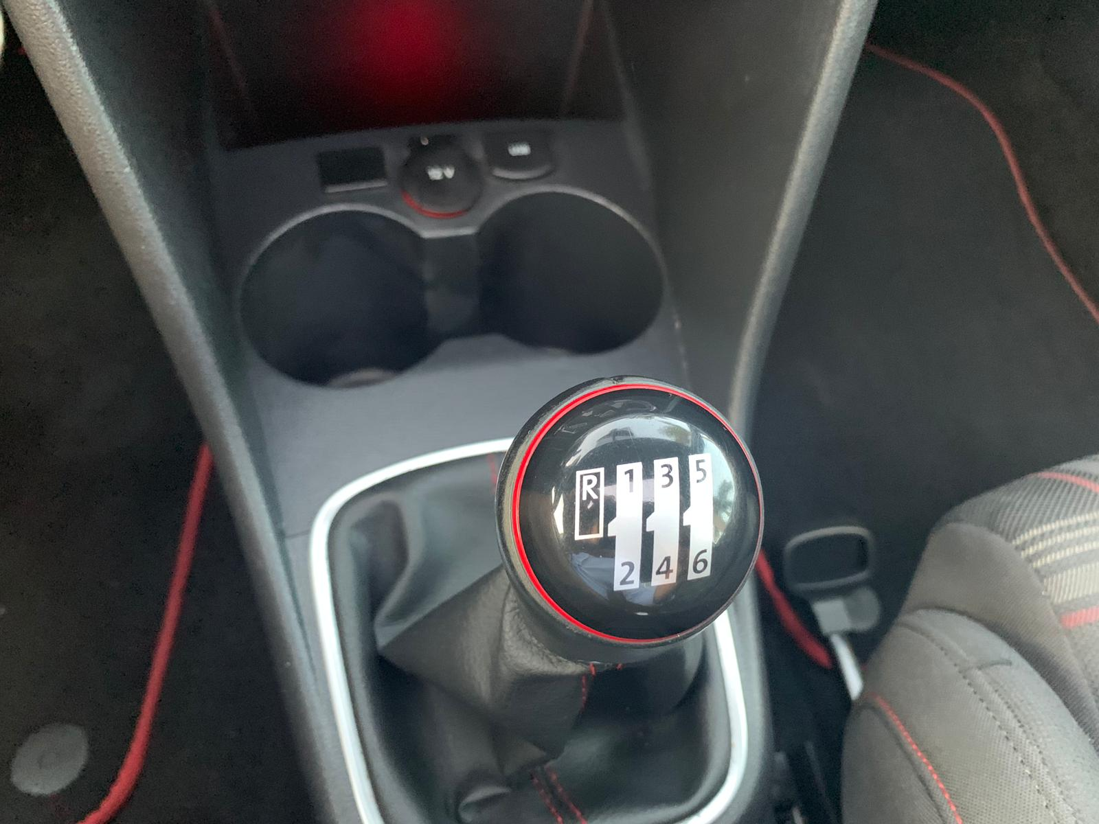 POLO GTI 1.9TSI 190 CV 2015 SEP19 (14)