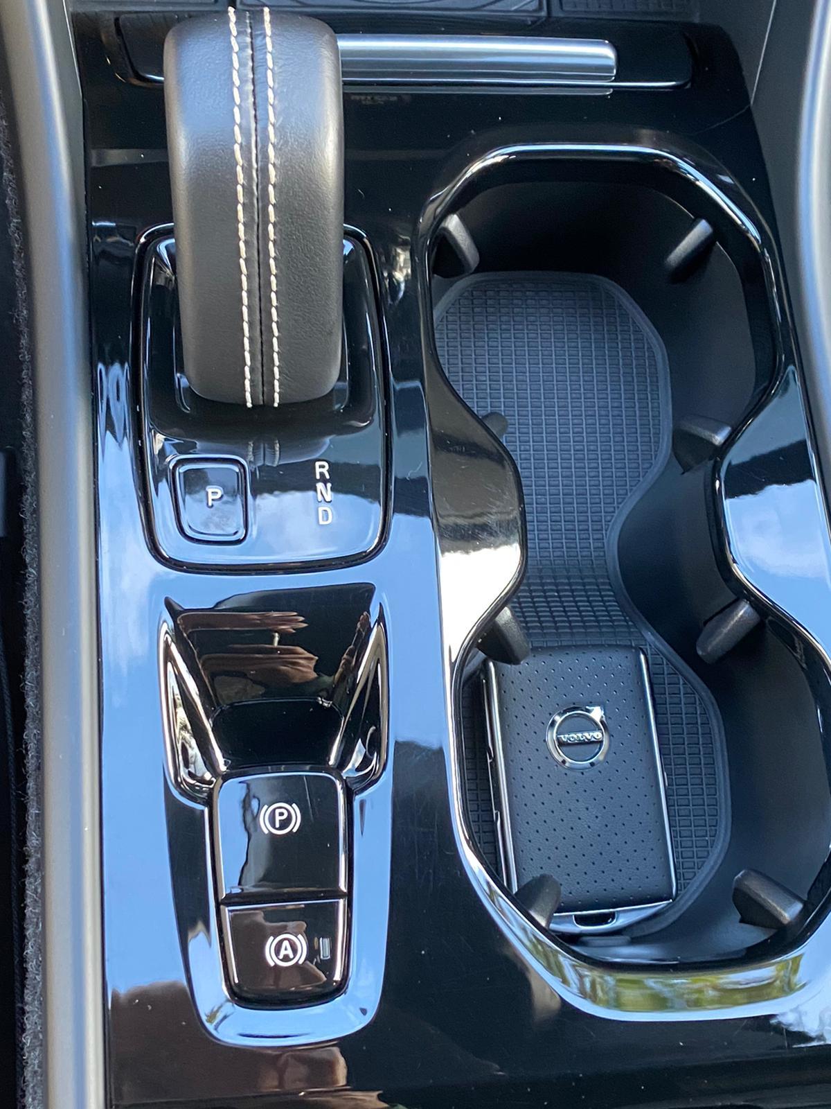 XC40 R-DESING D4 AWD 2018 ENE20 (16)