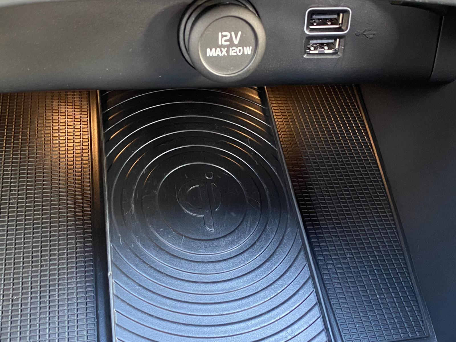 XC40 R-DESING D4 AWD 2018 ENE20 (17)