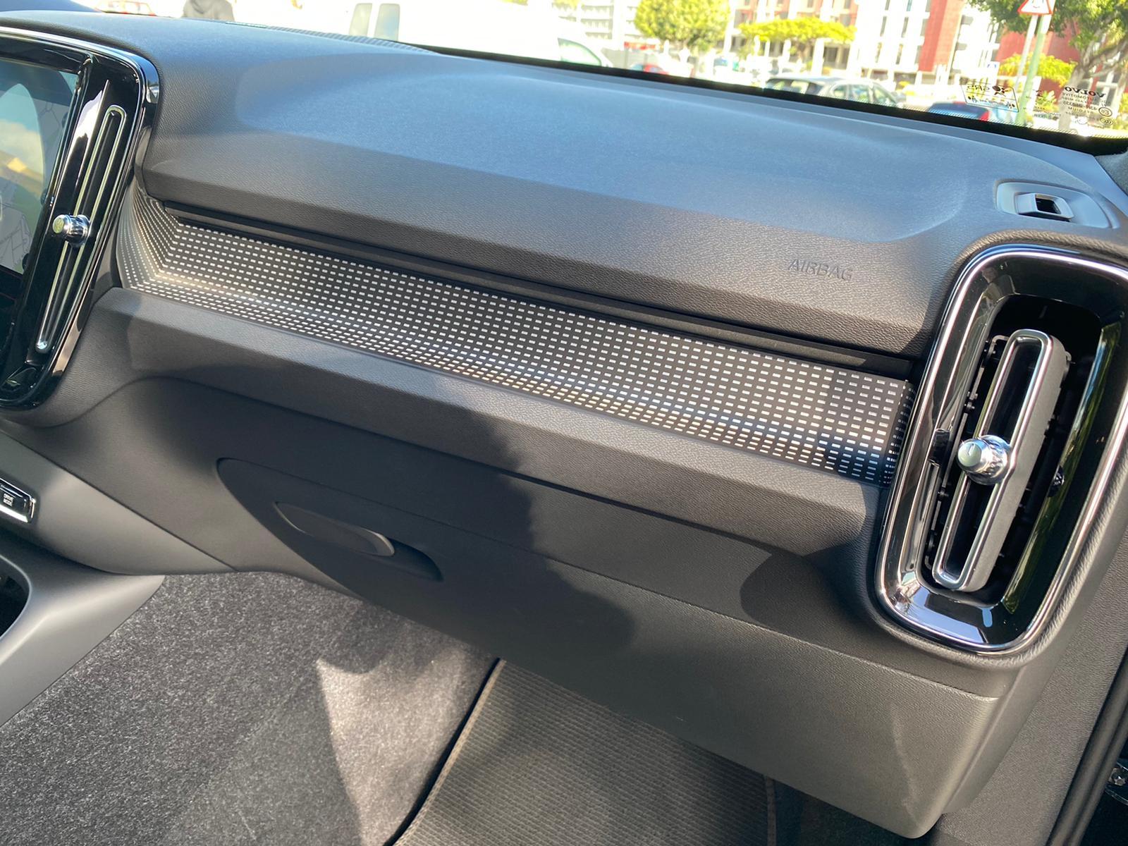 XC40 R-DESING D4 AWD 2018 ENE20 (18)