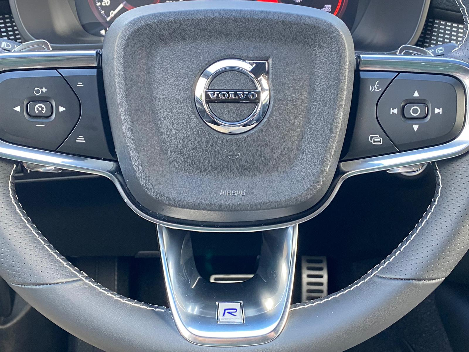 XC40 R-DESING D4 AWD 2018 ENE20 (19)