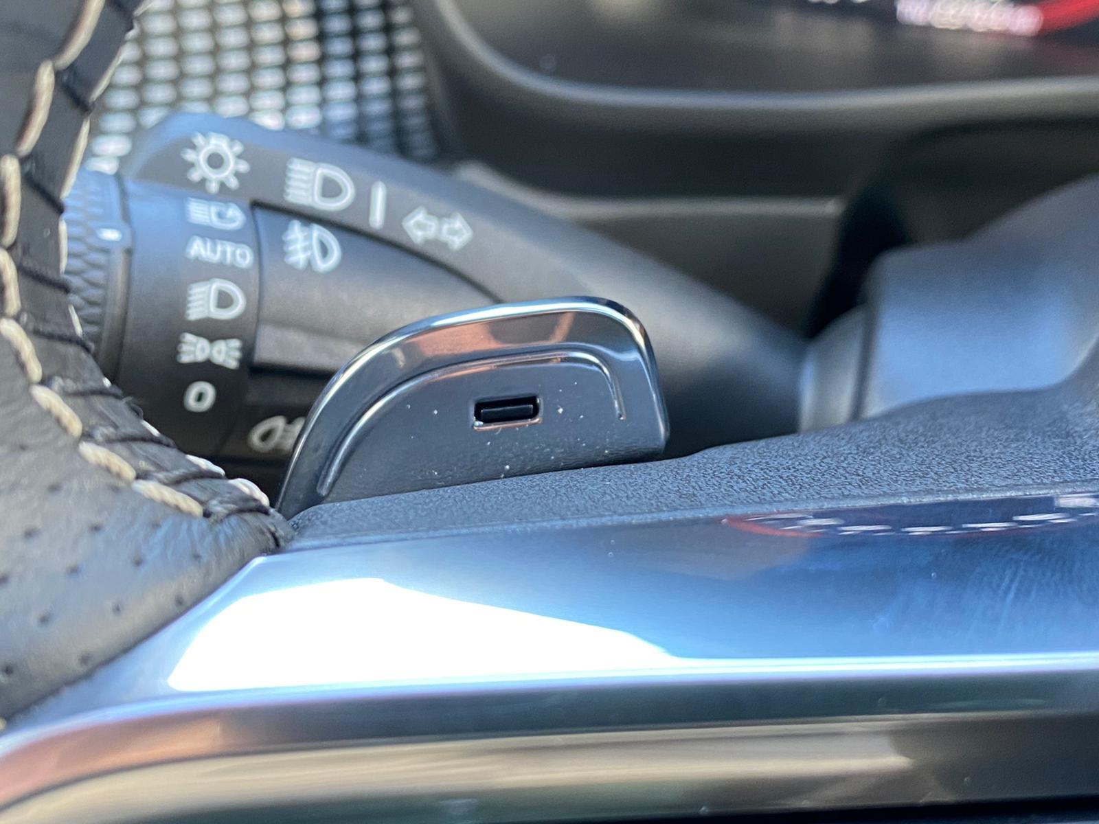 XC40 R-DESING D4 AWD 2018 ENE20 (22)