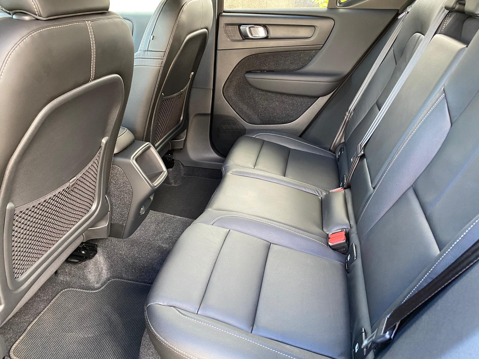 XC40 R-DESING D4 AWD 2018 ENE20 (8)
